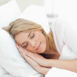 breastfeeding-and-sleep-blog